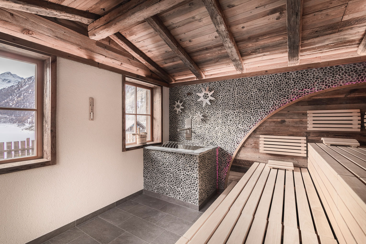 Finnish sauna Val Senales Alto Adige